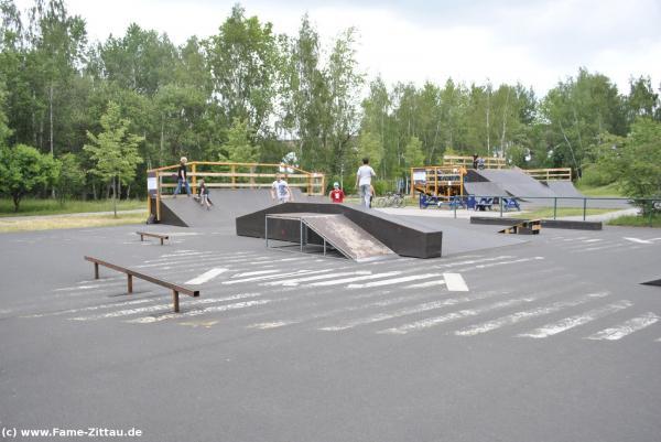 1 jahr skatepark