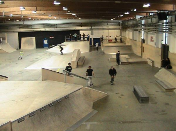 innsbruck wub halle skatepark skatemap. Black Bedroom Furniture Sets. Home Design Ideas